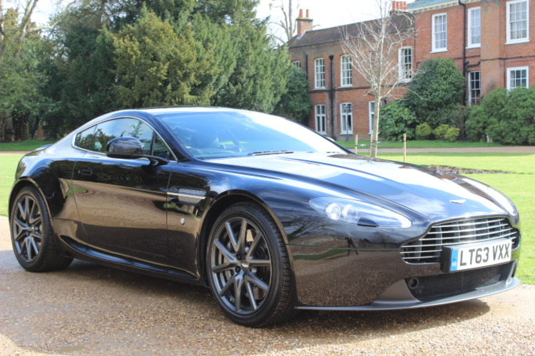 Aston Martin Vantage V8 Sportshift<br />2013 Metallic Black Coupe £54,000