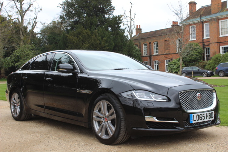 Jaguar XJ Premium Luxury LWB<br />2015 Metallic Black Saloon £29,850