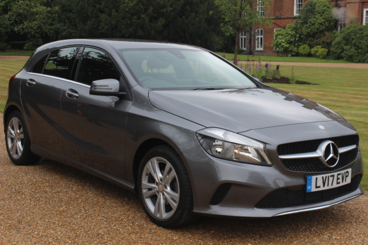 Mercedes-Benz A180d Sport (s/s)<br />2017 Grey Hatchback £14,999