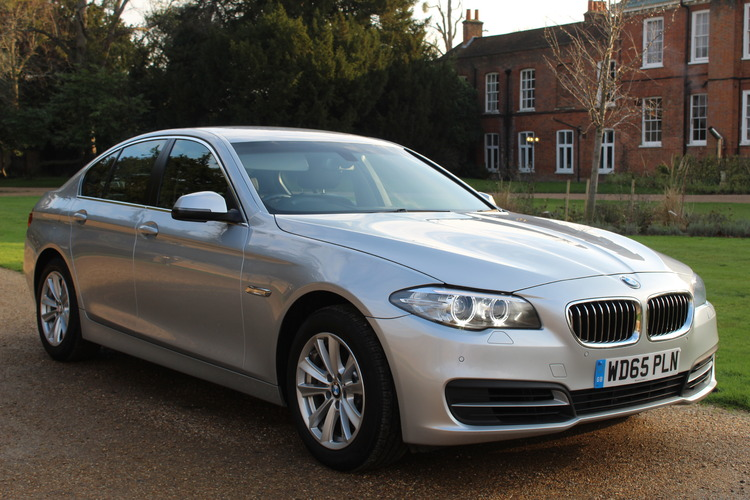 BMW 520d SE<br />2015 Metallic Silver Saloon UNDER OFFER