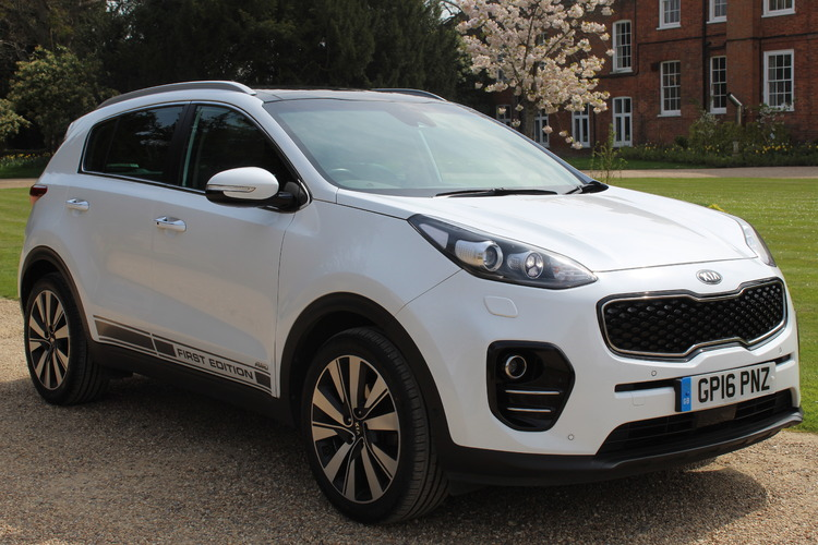 Kia Sportage First Edition<br />2016 White 4X4 £18,849