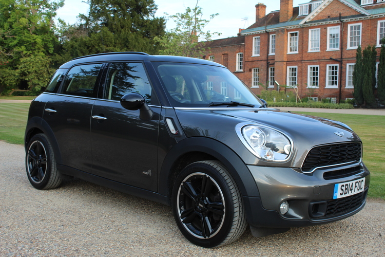 Mini Countryman Cooper S ALL4<br />2014 Metallic Grey Hatchback £11,000
