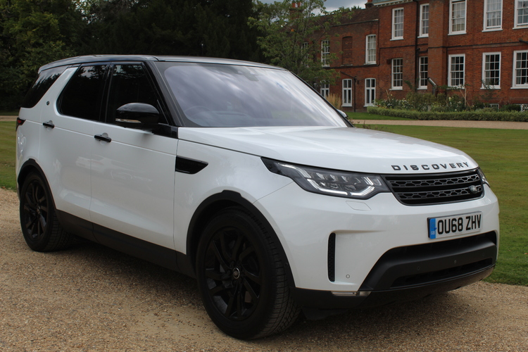 Land Rover Discovery SDV6 HSE 4WD<br />2018 White 4X4 £47,500