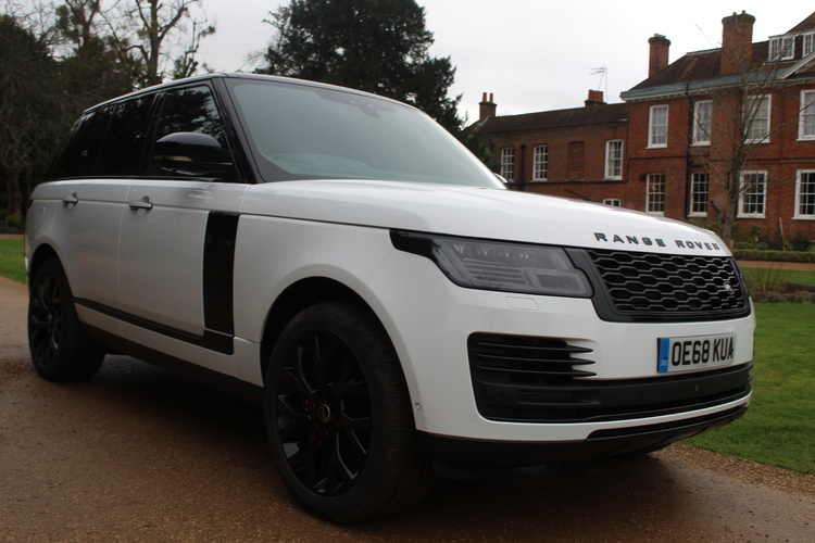 Land Rover Range Rover Autobiography<br />2018 White 4X4 £71,995