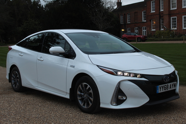 Toyota Prius Excel<br />2018 White Hatchback £18,750