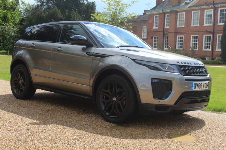 Land Rover Evoque HSE Dynamic LUX<br />2018 Metallic Silver 4X4 £28,499