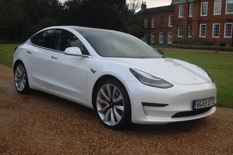 Tesla Model 3 Performance 4WD<br />2019 White Saloon £45,795