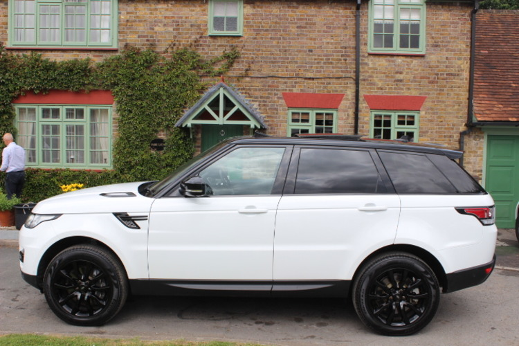 2015 Land Rover Range Rover Sport HSE NOW SOLD