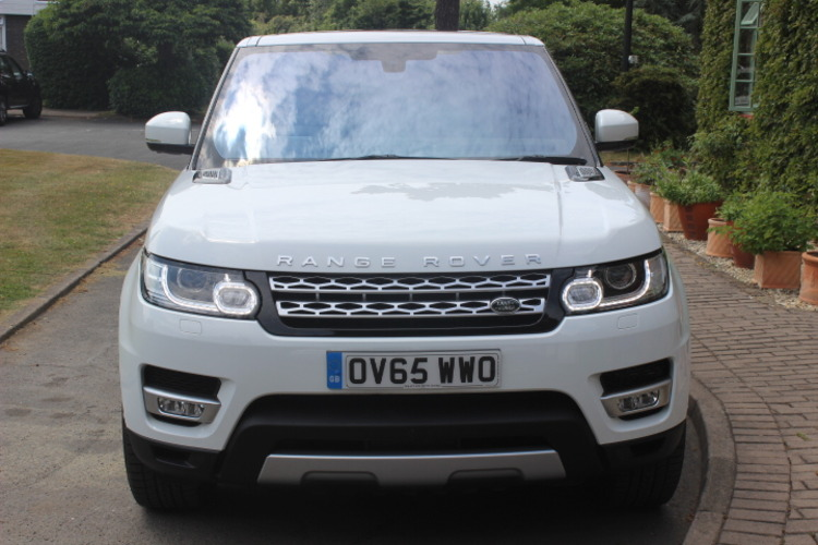 2015 Land Rover Range Rover Sport HSE £52,000